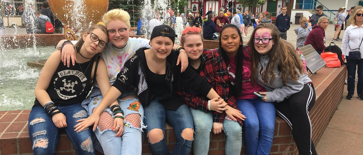 8th Grad Trip to Holiday World - 5/10/19