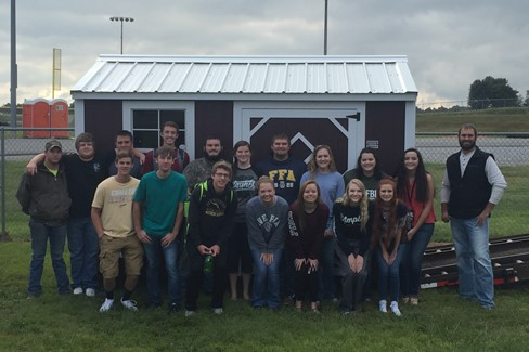 Carlisle County FFA secures portable building donation from local sponsorship.  Thank you to Graceland Portable Buildings!